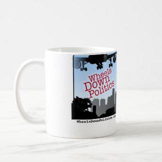 車輪の政治のコーヒー・マグ コーヒーマグカップ