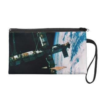 軌道6の宇宙局 リストレット