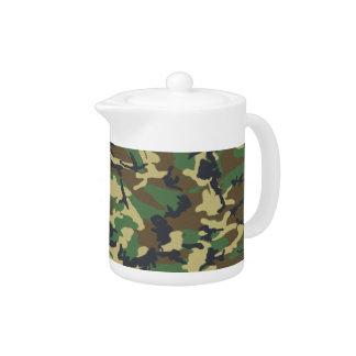 軍のカムフラージュのティーポット