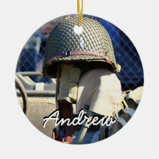 軍のヘルメットの名前入りなオーナメント セラミックオーナメント