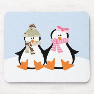 軍のペンギンのカップル マウスパッド