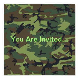 軍の緑のカムフラージュ 13.3 スクエアインビテーションカード