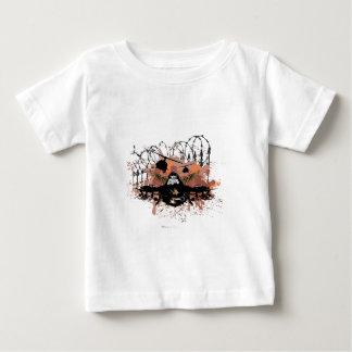 軍の自由の戦闘機 ベビーTシャツ