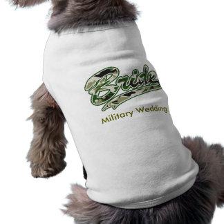 軍の花嫁の緑のカムフラージュ 犬用袖なしタンクトップ