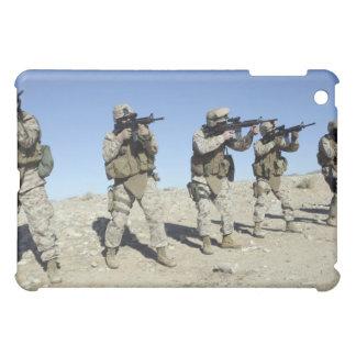 軍のTransistionのチーム・メンバー iPad Miniケース