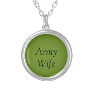 軍隊の妻のネックレス- A. Green シルバープレートネックレス