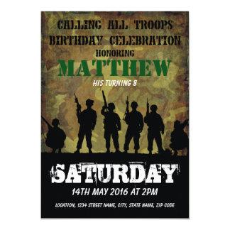 軍隊の素朴なカムフラージュの兵士の子供の誕生日 カード