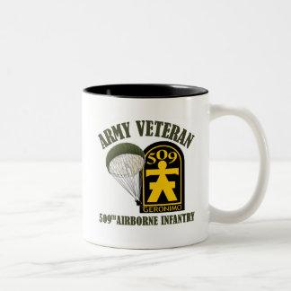 軍隊の退役軍人- 509th PIR ツートーンマグカップ