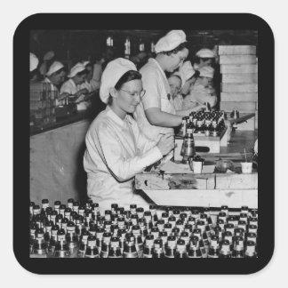 軍需品の植物WWIIで働いている女性 スクエアシール