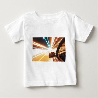 軽い旅行 ベビーTシャツ