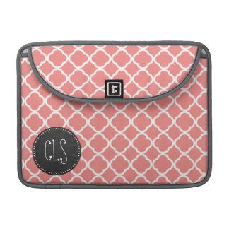 軽い珊瑚のピンクのモロッコのクローバー; 黒板 MacBook PROスリーブ