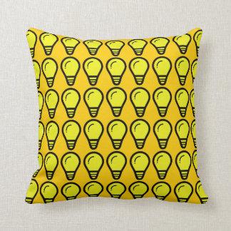 軽い球根蜜柑の黄色 クッション