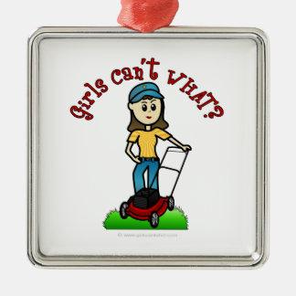 軽い芝生の心配の女の子 シルバーカラー正方形オーナメント