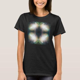 輝やきの曼荼羅のデザインのティー Tシャツ