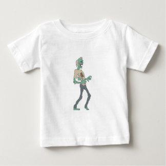 輪郭を描かれる腐敗の肉を持つはだしの気色悪いゾンビ ベビーTシャツ