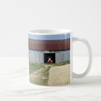 農場の景色のマグ コーヒーマグカップ