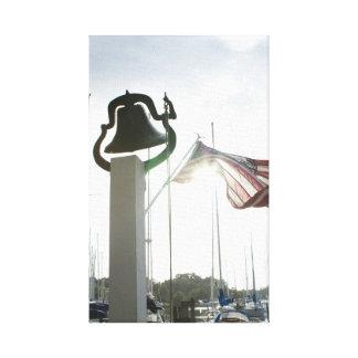 農場鐘およびDeltavilleのヴァージニアの芸術の旗 キャンバスプリント