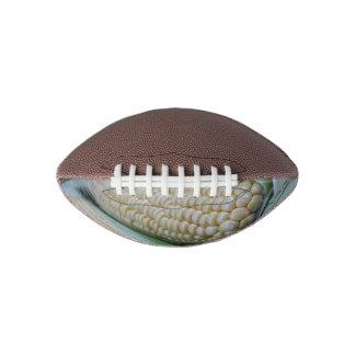 農家の市場のトウモロコシ アメリカンフットボール