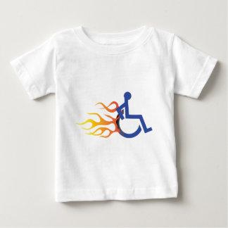 迅速な椅子のベビーT ベビーTシャツ