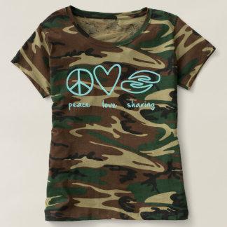 迷彩柄の平和愛共有 Tシャツ