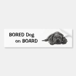 退屈させた犬船上に: 鉛筆の芸術 バンパーステッカー