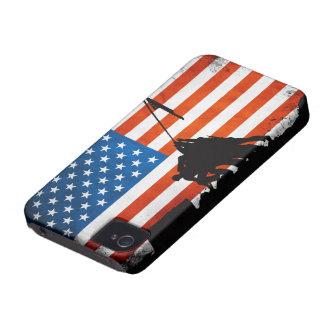 退役軍人のシルエットが付いている米国の旗 Case-Mate iPhone 4 ケース