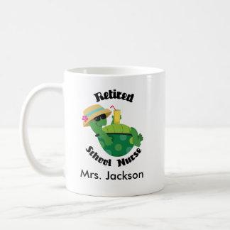 退職したな学校のナースの名前入りなマグ コーヒーマグカップ