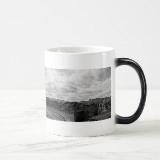 送風ビーチのパノラマ熱変更 モーフィングマグカップ