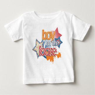 逃亡中の男の子-幼児Tシャツ ベビーTシャツ