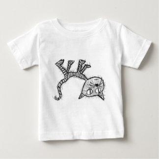 逆さまの子猫 ベビーTシャツ