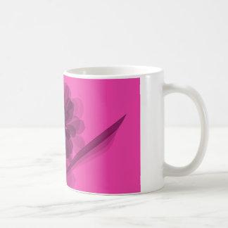 透明なピンクの花の花びら コーヒーマグカップ
