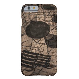 通りのカフェの抽象芸術 BARELY THERE iPhone 6 ケース