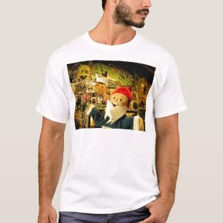 通りの芸術Gus Tシャツ