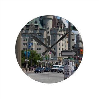 通りELGIN st.、モントリオール ラウンド壁時計