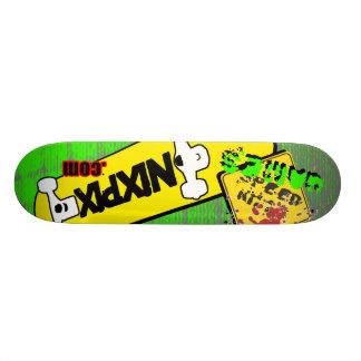 速度の殺害のNixpixのロゴ板 スケートボード