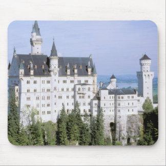 造られるヨーロッパ、ドイツ、ノイシュヴァンシュタイン城の城 マウスパッド