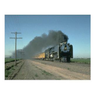 連合太平洋第8444はデンバーから列車に動力を与えます ポストカード