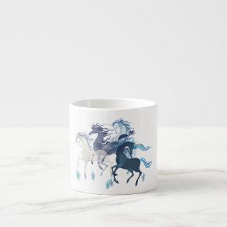 連続したユニコーン、エスプレッソのマグ エスプレッソカップ