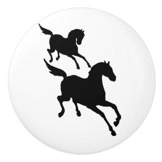 連続した馬の白黒シルエット セラミックノブ