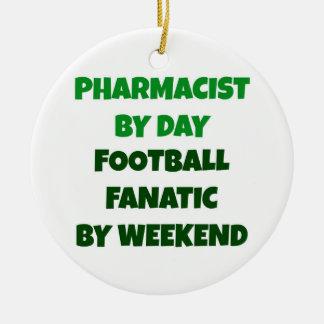 週末までに日のフットボールの熱狂者による薬剤師 セラミックオーナメント
