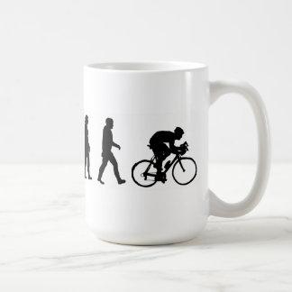 進化のサイクリストのサイクリングの自転車 コーヒーマグカップ