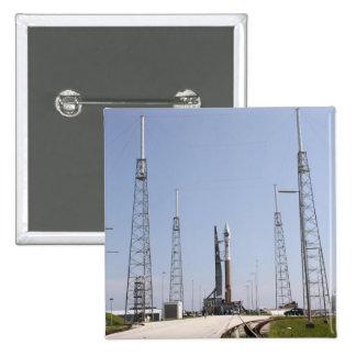進水のcompleの地図書V/Centaurのロケット 5.1cm 正方形バッジ