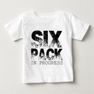 進行中の6パック ベビーTシャツ