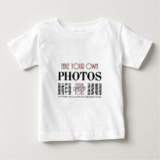 遊歩道のTシャツの背部Jogo ベビーTシャツ