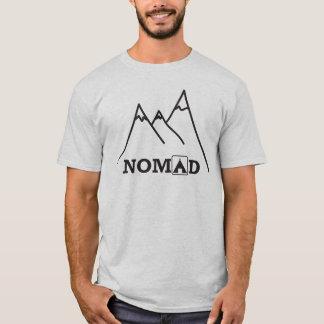 遊牧民山のティー Tシャツ