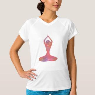 運動ヨガの女の子 Tシャツ