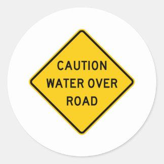 道のハイウェーの印上の水 ラウンドシール
