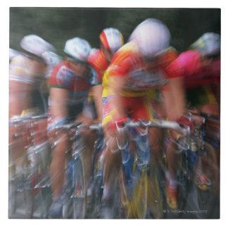 道の自転車の競争 タイル