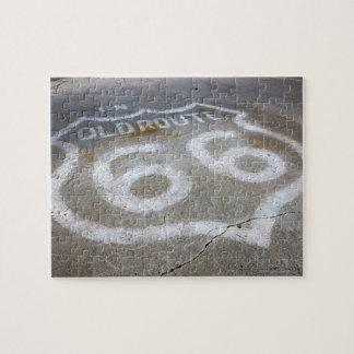 道、Alanreed、テキサス州で絵を描かれるルート66のスプレー ジグソーパズル
