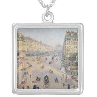 道de L'Opera、パリ シルバープレートネックレス